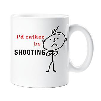 الرجل أود أن بدلاً من أن يكون إطلاق النار القدح