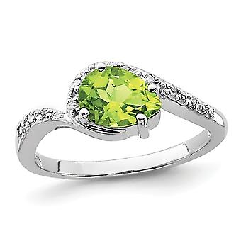 Ladies Natural Pear Shaped Peridot Ring 1.00 Carat (ctw) in Sterling Silver