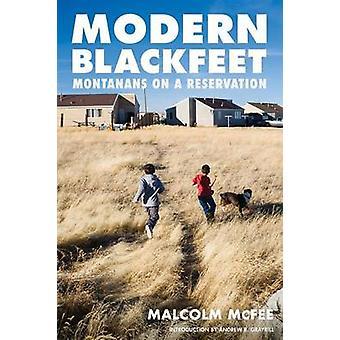 Moderne Blackfeet Montanans på en Reservation af McFee & Malcolm