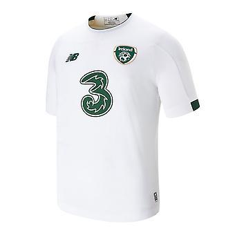 2019-2020 أيرلندا رصيد جديد قميص بعيدا