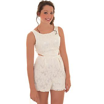 Ladies ermeløse blonder foret Hekle Side kutte ut Romper skreddersydd Playsuit
