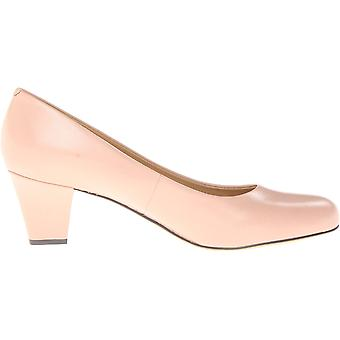 Trotters Womens Penelope Closed Toe Classic Pumps