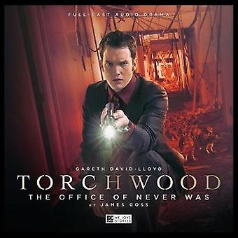 Torchwood The Office of Never Was No. 17 par Cover design ou artwork by Lee Binding and Performed by Gareth David Lloyd and By composer Blair Mowat and By composer Rob Harvey and Director Scott Handcock