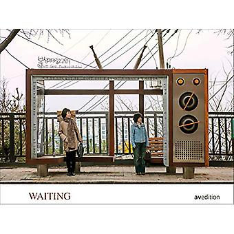 Waiting - People in Transit by Dieter Leistner - 9783899863147 Book