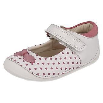 Clarks Kız Kruvazör Ayakkabı Ida Dotty