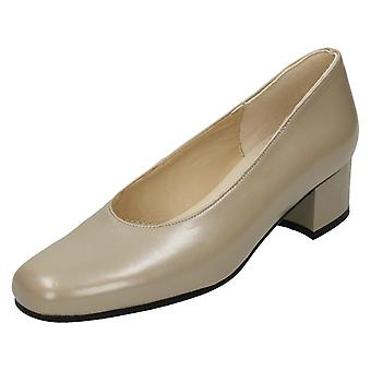 Ladies Nil Simile Narrow Fitting Court Shoes Brittany