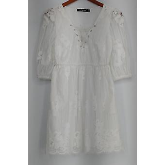 Alisa Pan Top White Lace Empire Waist Lace-Up V-Neck Tunic Blouse R9001