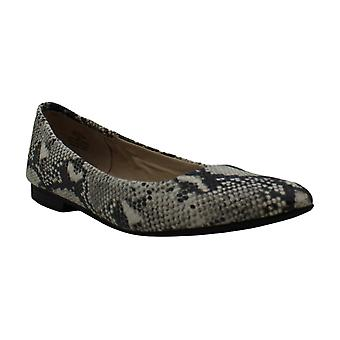 American Rag Frauen's Schuhe Jilly Snakeskin Pointed Toe Loafers
