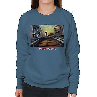Ein amerikanischer Schwanz Fievel Mousekewitz Walking On Train Track Frauen's Sweatshirt