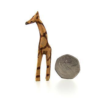 Pieni käsintehty puinen kirahvi veistos - 4 cm
