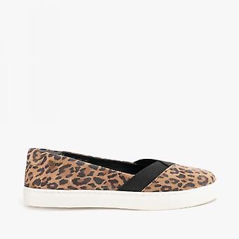 Hush Pennut Tiffany Ladies Mokkanahka Slip On Pumps Leopard