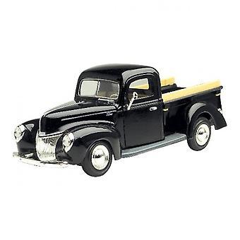 MotorMax  American Classics - 1940 Ford Pickup Black  1:24