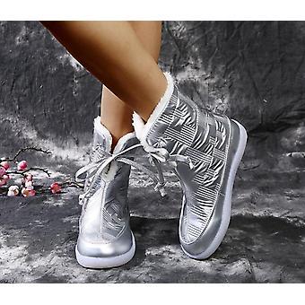 المرأة في فصل الشتاء الثلوج الأحذية منصة تبقي دافئة مع الكعب الفراء سميكة
