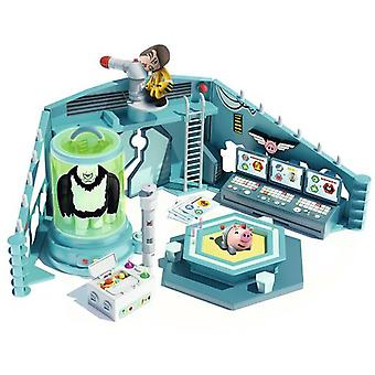 Famosa Mutant Busters Dr White Laboratory (Babies and Children , Toys , Action Figures)