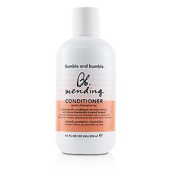 Bb. herstellende conditioner (gekleurd, gepermed of ontspannen haar) 231160 250ml/8.5oz