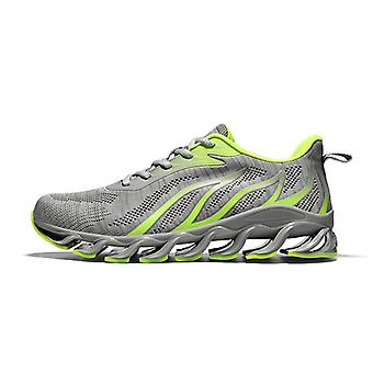 Fashion breathable mesh slip resistant running sneakers