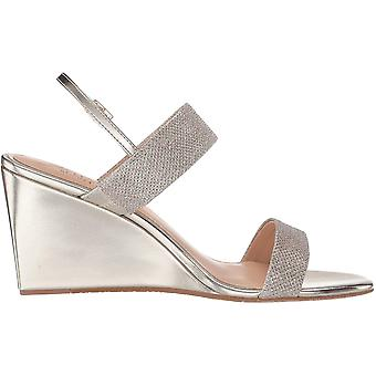 Jewel Badgley Mischka Women's Nisa Wedge Sandal