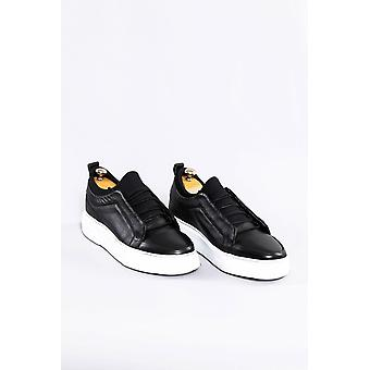 Leather black sneakers | wessi