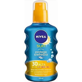 Nivea Protect and Refresh Invisible Cooling Sun Spray SPF 50