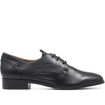 Regarde Le Ciel Leather Lace-Up Derby Shoe