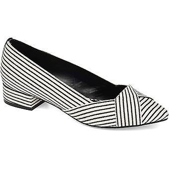Journee Collection Womens Justine Loafer