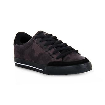 About camo to 50 skate shoes