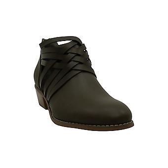 Brinley Co Women's Shoes Thelma مغلق أحذية أزياء الكاحل