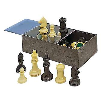 Chess pieces cayro