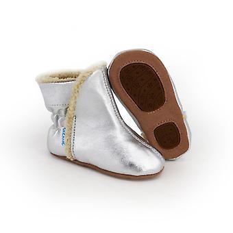 SKEANIE 预行婴儿和幼儿 UGG 靴子在银