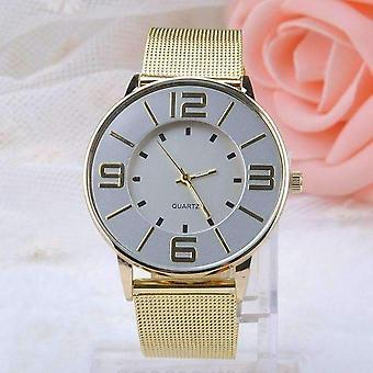 Retro face liquid gold metal band watch