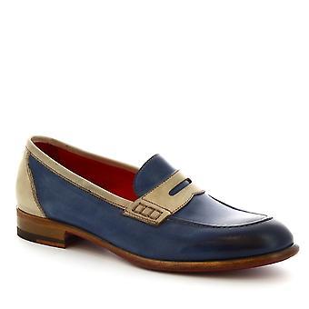 Mocassins à la main de Leonardo chaussures en veau bleu et beige clair