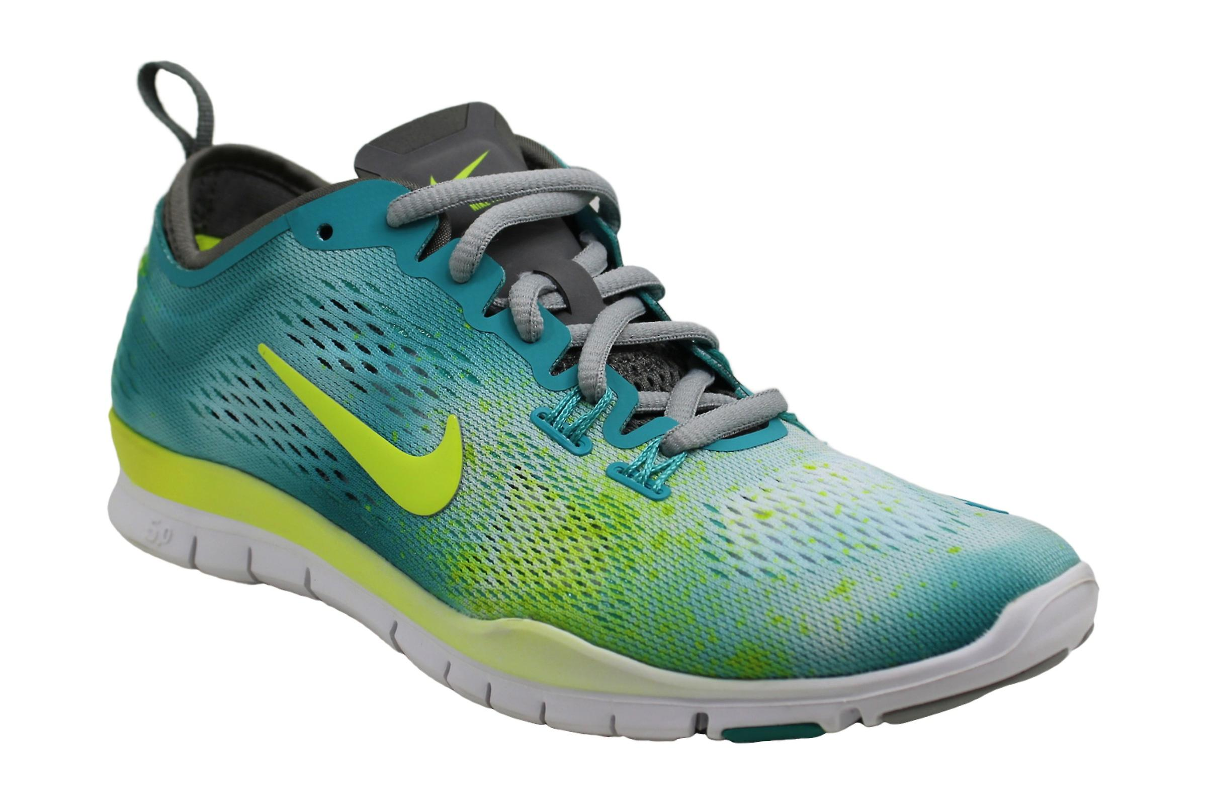 Nike Womens nike free 5.0 tr fit 4 print Fabric Low Top Lace Up Running Sneaker PnPOD