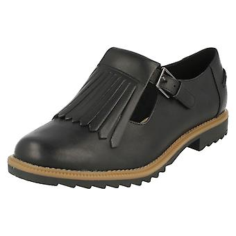 Ladies Clarks Buckle Fastened Fringe Flats Griffin Mia