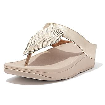 FitFlop Fitflop Fino Feather Toe Post Sandals In Platino