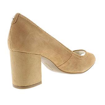آن كلاين النساء ميريديث سويد زقزقة إصبع القدم اللباس مضخات براون 5 المتوسطة (B, M)