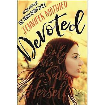 Devoted by Jennifer Mathieu - 9781250090690 Book