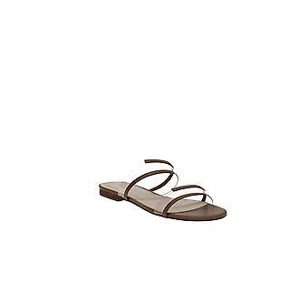 Marc Fisher   Calin Flat Sandals