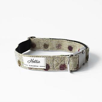 Dog collar with flower