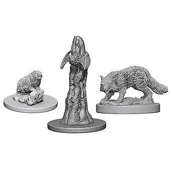Pathfinder Deep Cuts Unpainted Miniatures Familiars (Pack of 6)