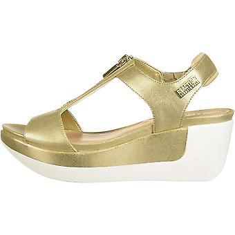 Kenneth Cole REACTION Women's Pepea T-Strap Platform Sandal Wedge
