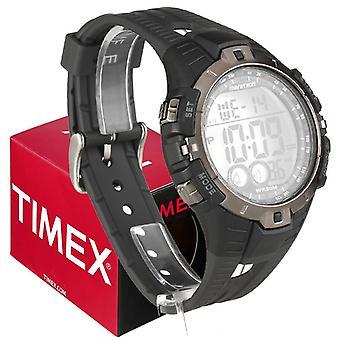 Timex mens montre à quartz avec affichage numérique à cadran LCD et bracelet en résine noir