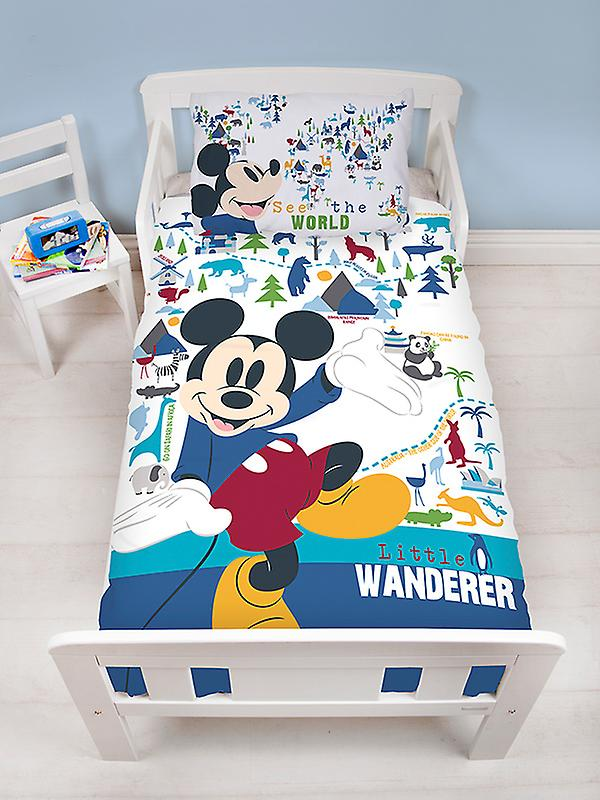 Mickey Mouse Wanderer Junior Duvet Cover and Pillowcase Set