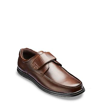 Chums Mens Wide Fit Leather Touch Fasten Slip Resistant Sole