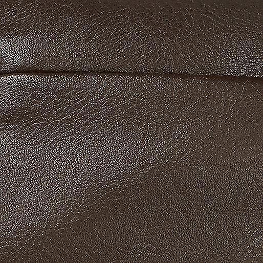 تنورة ريفر آيلاند جلد- نظرة على خط