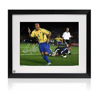 Ronaldo de Lima signiert Brasilien Foto gerahmt: Welt-Cup-Finale Ziel
