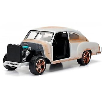 Fast and Furious 8 Doms Chevrolet Fleetline 1:24 Échelle Jada 98294