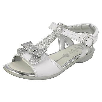 Meninas Clarks couro sandálias 'Orra ao meio-dia'