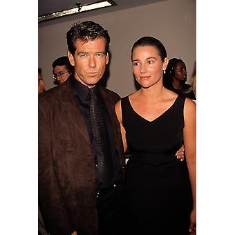 بيرس بروسنان مع زوجة كيلي سميث الشايع 101398 بريمير شيخار قبرص إليزابيث المشاهير