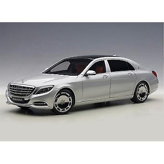 Mercedes-Benz Maybach S600 SWB (2015) Diecast Model auto