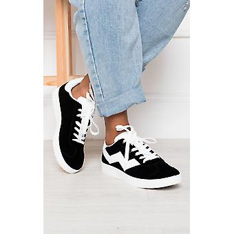 IKRUSH Dames Lesley Lace Up Trainers